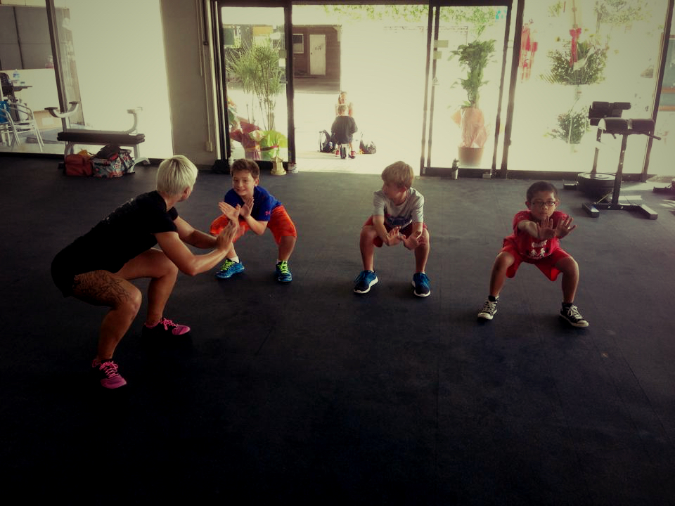 kids_squat-2.jpg