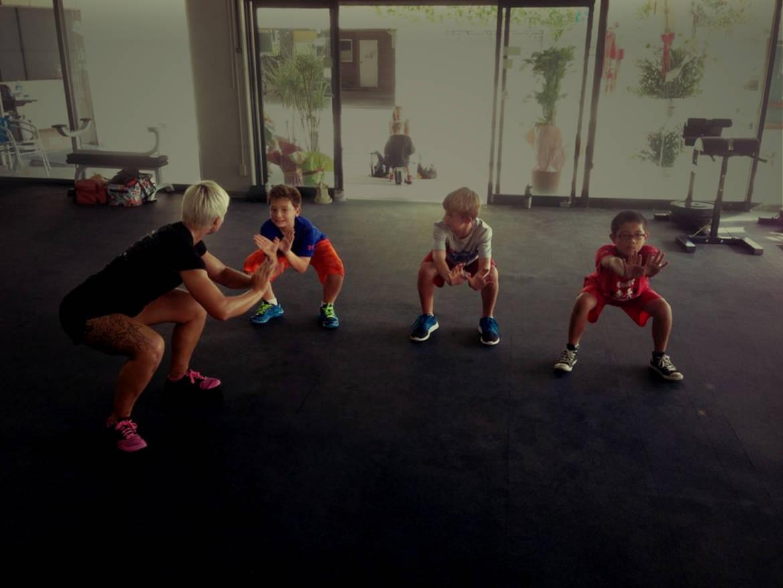 kids_squat_2-2.jpg